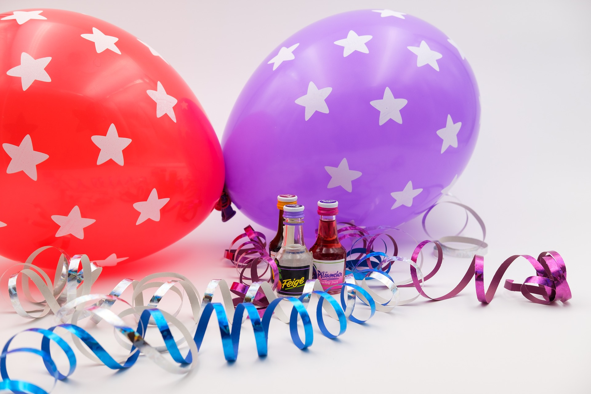 carnival 3143664 1920 - Birthday Party Catering